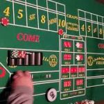 Craps strategy using the 4 and 10 FREEROLL